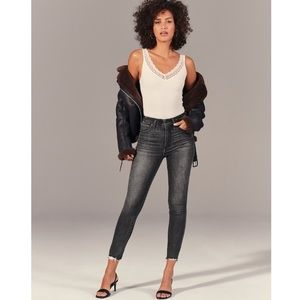 Abercrombie High Rise Super Skinny Ankle Jeans Size 28 NWT